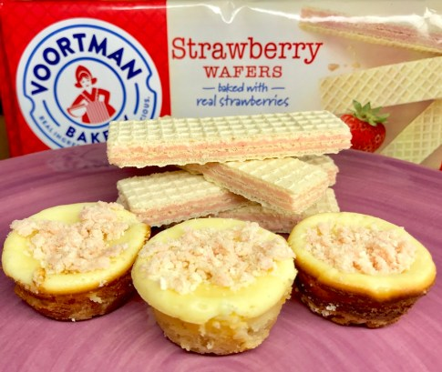 Voortman Strawberry Wafer Cheesecake Bites #Voortman #strawberry #cheesecake #baking #blogger #blog #food #foodie #recipe #ad