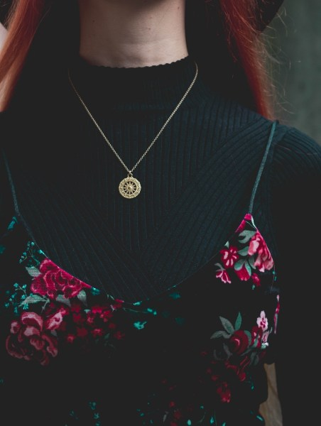redheadventurer-liza-laboheme-dark-romantic-outfit-velvet-roses (6)
