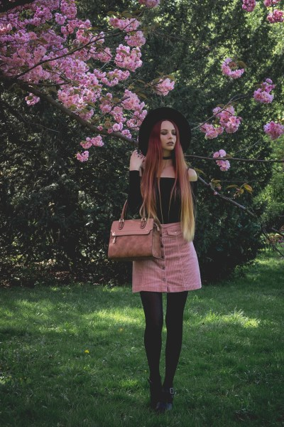 redheadventurer-liza-laboheme-blog-fashion-outfit-inspo-full bloom (3)