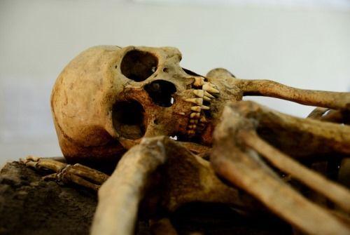 esqueleto prehispanico mexico