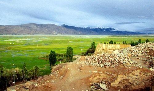 tumbas zoroastras china