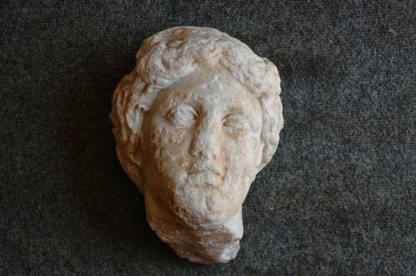 cabeza estatua afrodita