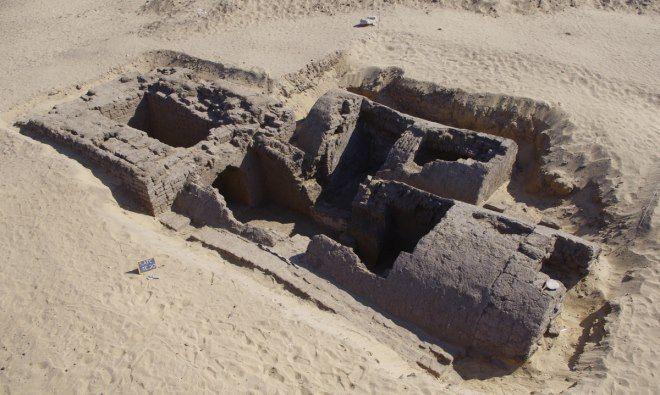 tumba abydos con piramide