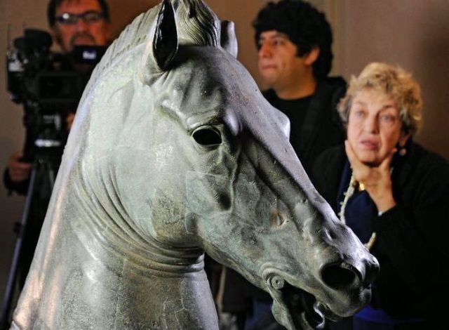 Esta cabeza de caballo de bronce data del año 350 a.C. y perteneció a Lorenzo de Médici.
