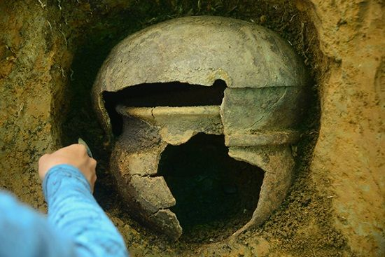 Urnas funerarias de 2.000 años de antigüedad halladas en Colombia. AFP