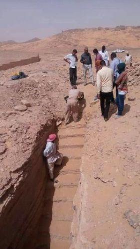 entrada tumba egipto