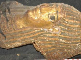 descubren tumbas asuan egipto