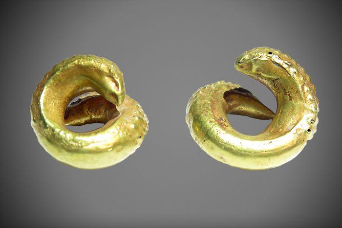 pendientes oro sumerios