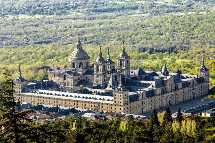 imagen palacio real de el escorial