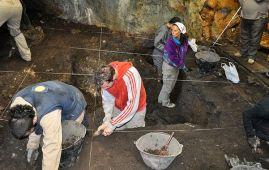 yacimiento de la cueva els trocs en huesca