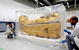 restauracion sarcofago tutankamon