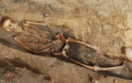 restos humanos cementerio berlin