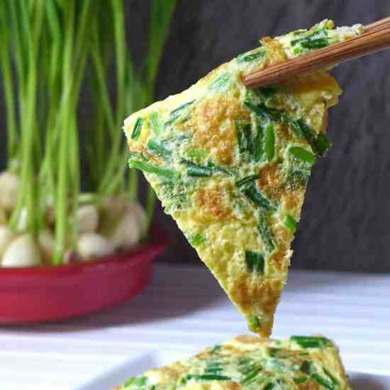 Egg tofu recipes red house spice dont discard sprouted garlic grow them in water instead homegrown garlic sprouts forumfinder Image collections