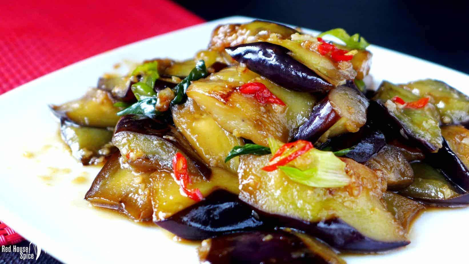 Stir-fried aubergine in plum sauce (苏梅酱茄子)