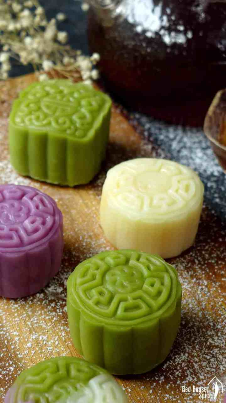 A delicate, delectable treat for celebrating Chinese Mid-Autumn Festival, snow skin mooncake with custard filling delivers enchanting texture and flavour.