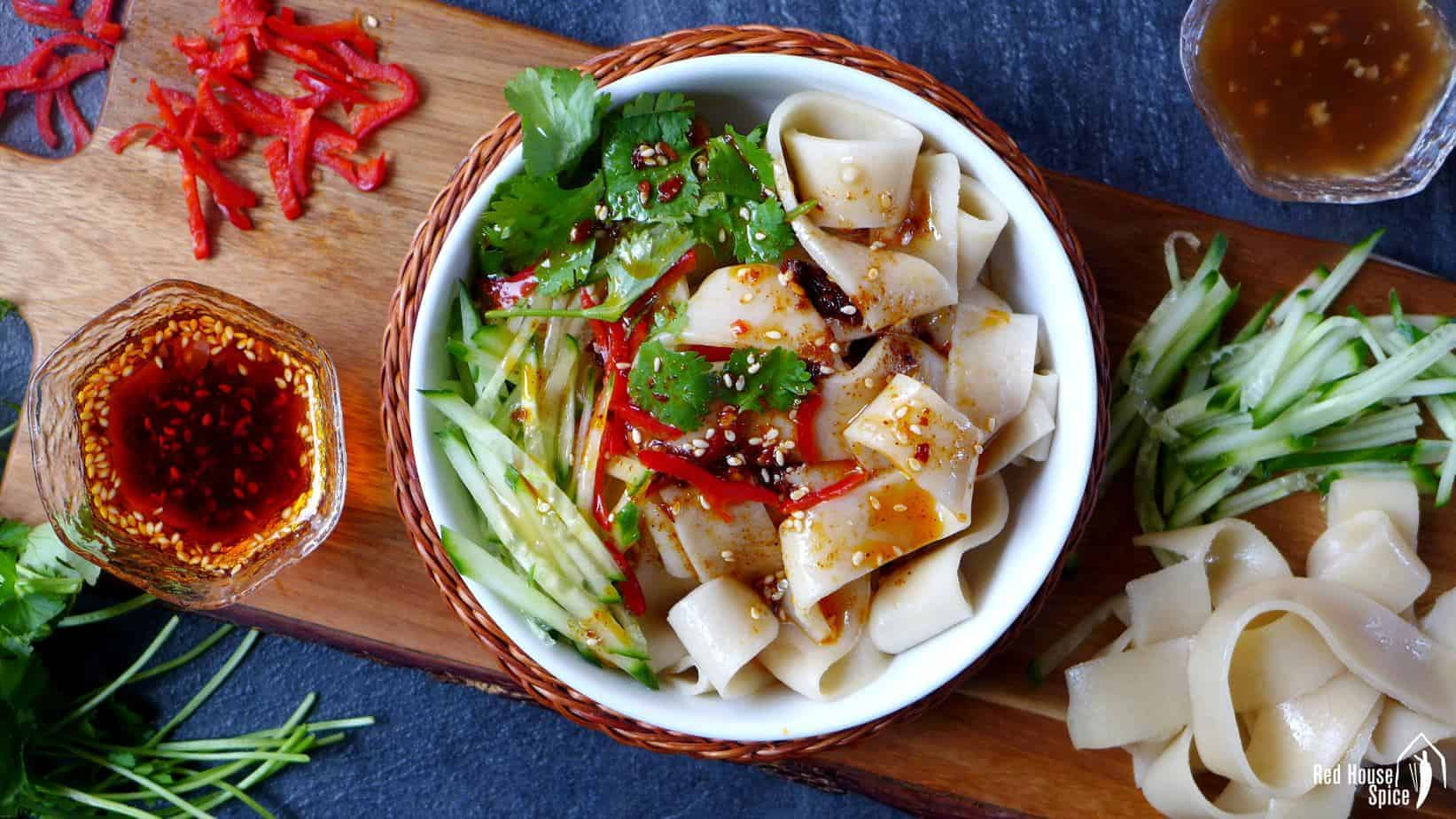 Liang Pi: Cold skin noodles, the simple way (凉皮)