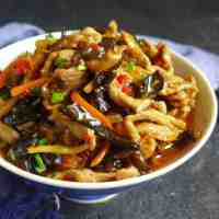 Sichuan shredded pork with garlic sauce (Yu Xiang Rou Si, 鱼香肉丝)