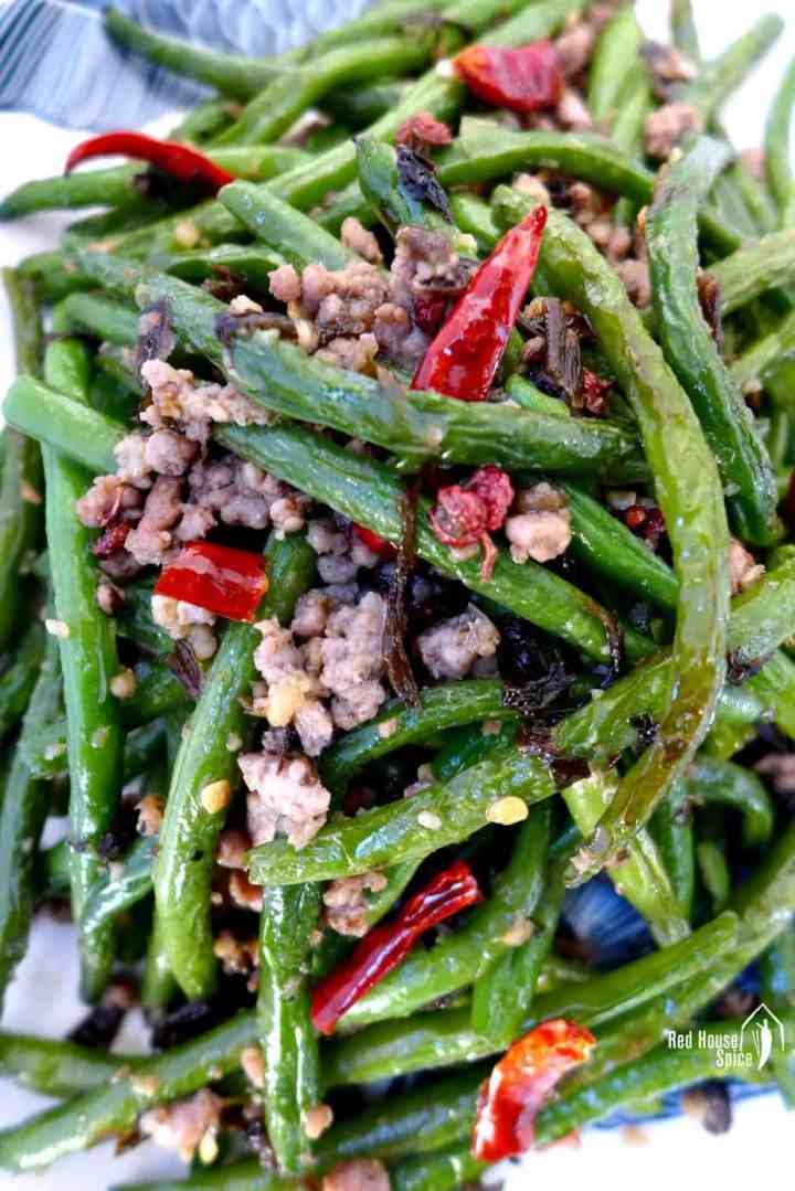 Green beans fried with minced meat