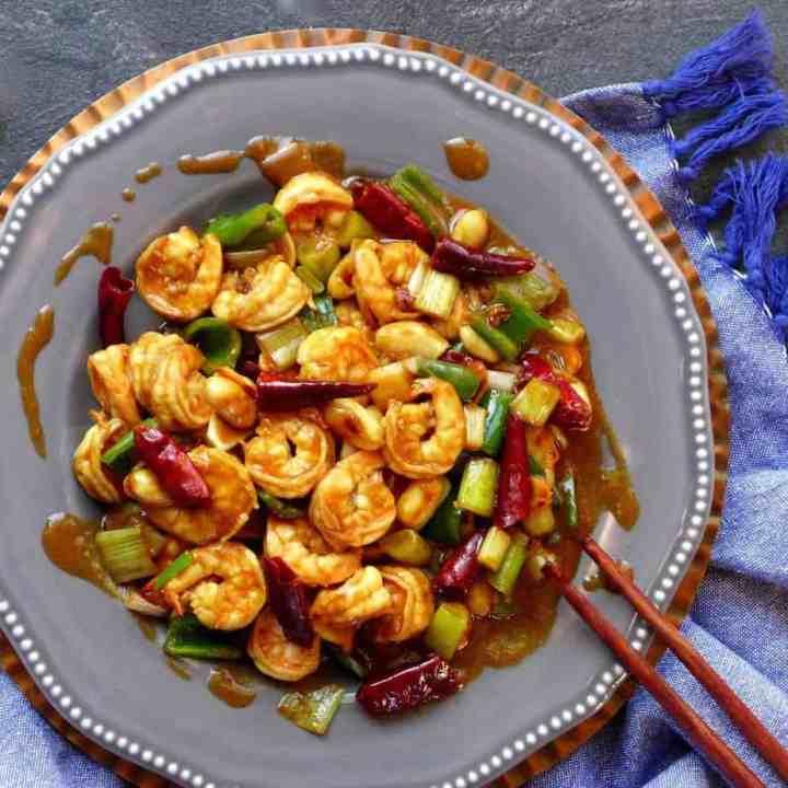 A plate of Kung Pao shrimp