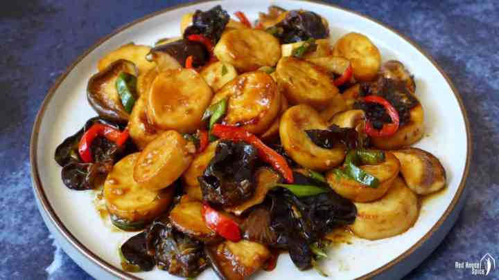 A plate of king oyster mushroom stir-fry