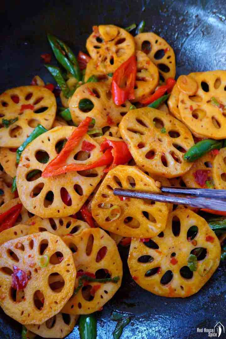 Spicy lotus root stir-fry