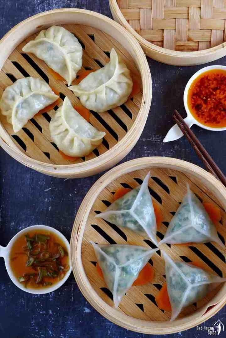 Four regular steamed dumplings and four crystal dumplings