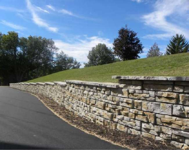 Driveway freestanding Redi-Scapes retaining walls and cap