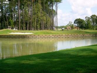 Redi-Wall_Limestone_Seawall_Golf_Course