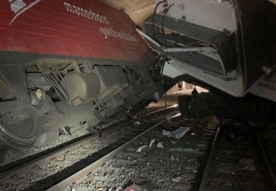 Dua Kereta Api Bertabrakan di Dalam Terowongan di Swiss