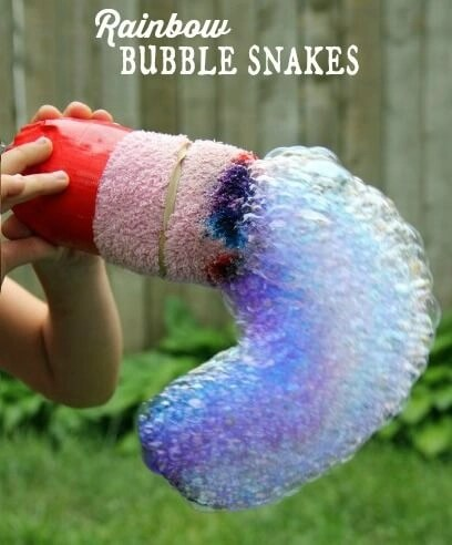 Rainbow-Bubble-Snakes from the Ultimate List of Bubblelicious Activities