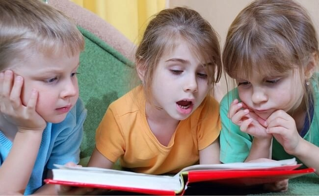 Do you want to teach your child to read? Studies show there is ONE thing you can do that is guaranteed to get your child reading. You won't believe how easy it is and it only takes 15 minutes a day.