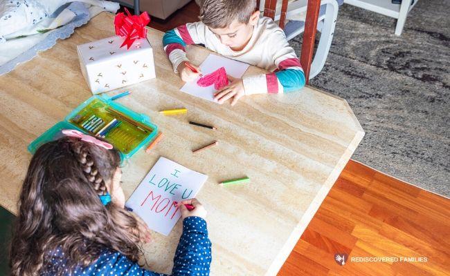 Children making Mother's Day Crafts
