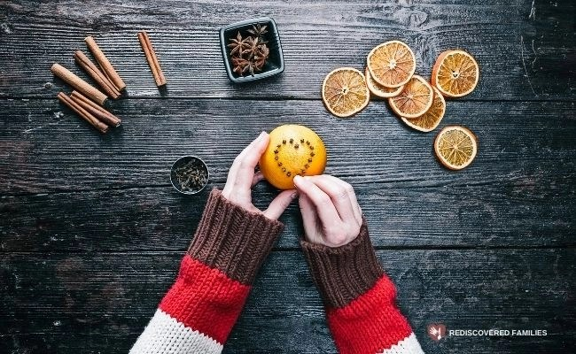 Decorating oranges an old family Advent activity