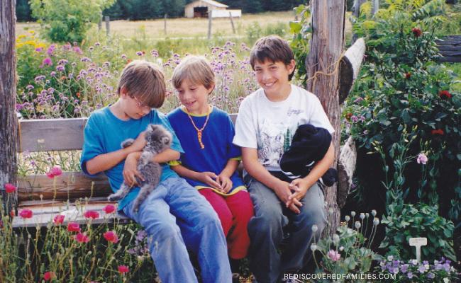 kids with kitten