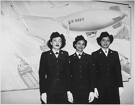 """""""Hospital Apprentices second class Ruth C. Isaacs, Katherine Horton and Inez Patterson (left to right) are the first Negro WAVES to enter the Hospital Corps School at National Naval Medical Center, Bethesda, MD."""" (NAID 520634)"""
