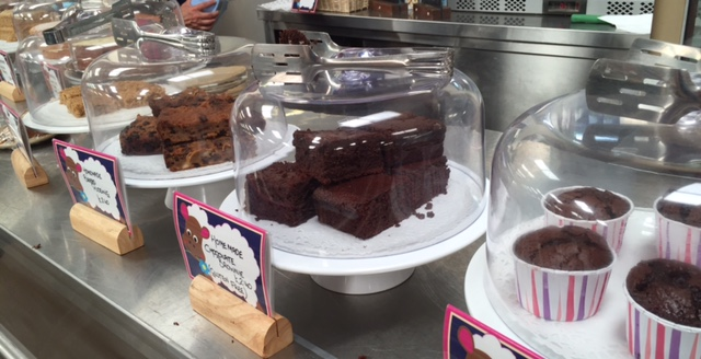 roves farm, cakes, cafe