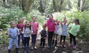 holiday club, school holiday club, banbury, forest school, outdoors, oxfordshire, half term