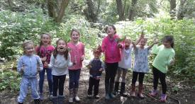 holiday club, school holiday club, banbury, forest school, outdoors, oxfordshire, half term