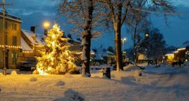 Christmas lights morton in the marsh, where to see the christmas lights, christmas lights switch on