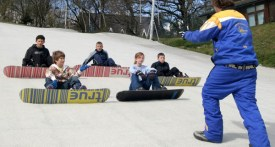 childrens snowboarding lessons