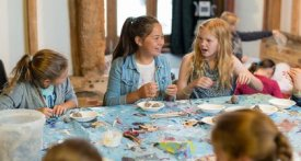 Art Easter holiday club Berkshire