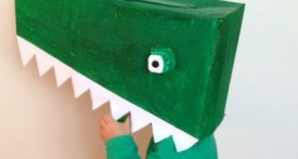 make crocodile costume, easy crocodile costume, no sewing costumes world book day