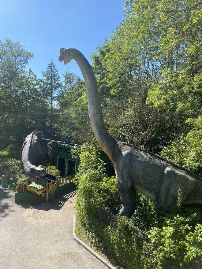 dinosaur walkway