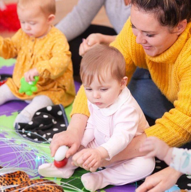 baby class cheadle heath, baby class stockport, baby sensory stockport, baby class stockport