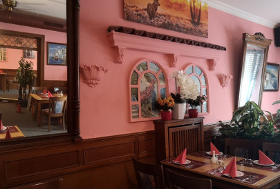 Restaurant-Hilden-Steakhaus-Red-Lava-Innenraum5ba11bd5cd002_405x405