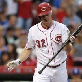 Reds lose opener to the Dodgers