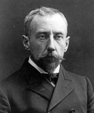 8.1_amundsen_portrait.jpg