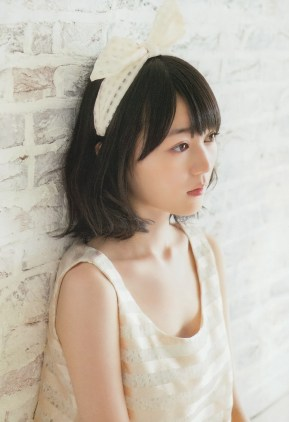 Nogizaka46 Erika Ikuta Un Nostalgie on Big Comic Spirits Magazine 004
