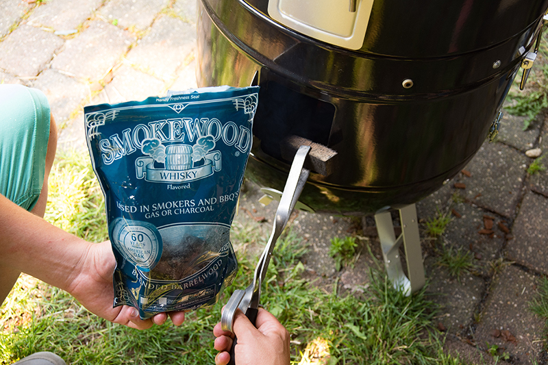 Redmountain BBQ Grillkurse Erkelenz smoked chili con carne aus dem Dutch Oven Smokewood Whisky chunks