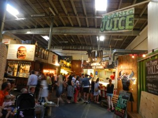 99-paper island street food